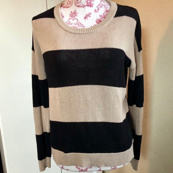 8ff11766f791f4 Forever 21 Sweaters | Black Tan Striped Crew Neck Sweater S | Poshmark